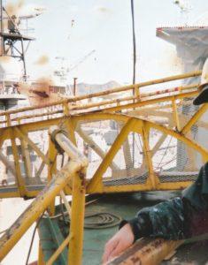 護衛艦のリフレッシュ ~修理でドック入り